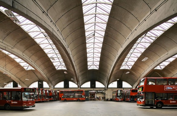 Discover the mid century modern architecture of lambeth for Garage ad buc