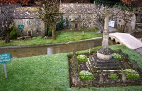 Bourton-on-the-Water model village, listed