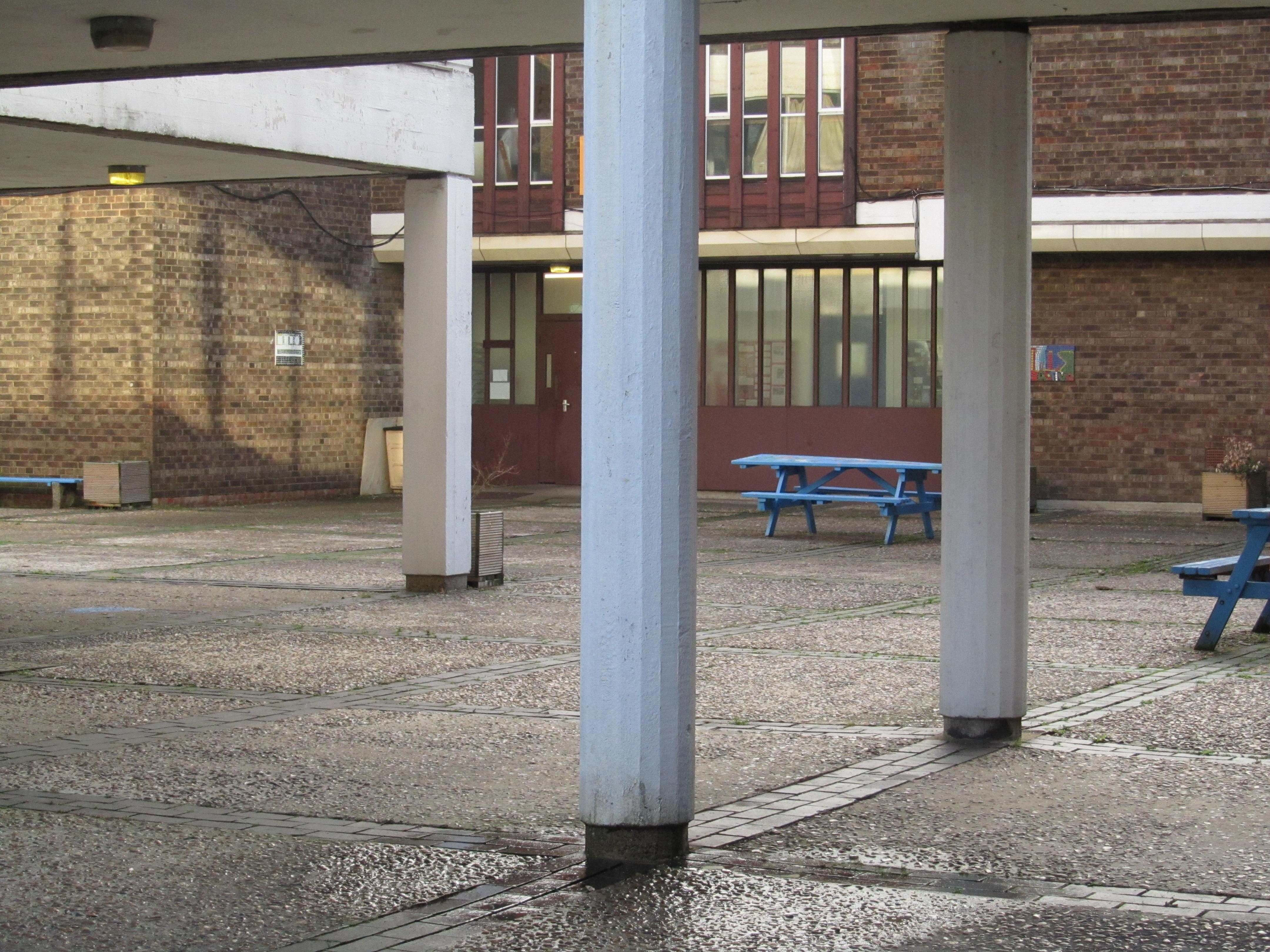 Lilian Bayliss School
