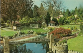 Bekonscot model village Beaconsfield LOW RES