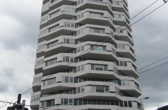 Croydon's 'threepenny bit' tower