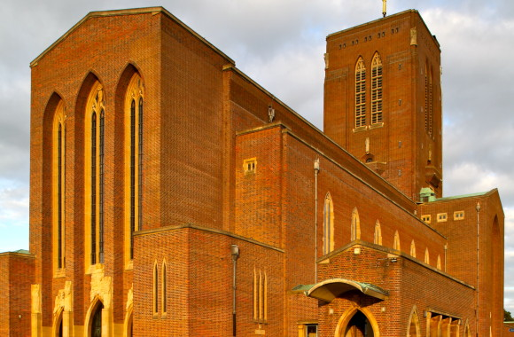 Exterior of Edward Maufe's Guildford Cathedral