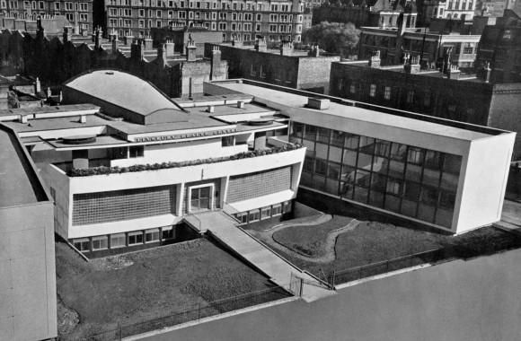 Finsbury Health Centre 1938 web (Photo Maltby) Source Lubetkin, courtesy John Allan