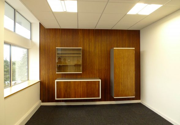 Goldfinger, Carr's Papers Office