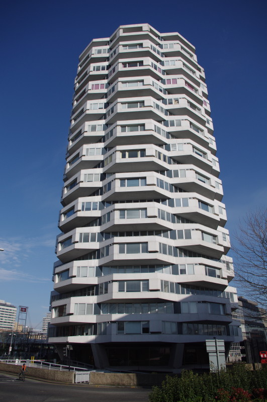 NLA Tower, Croydon. Richard Seifert and Partners, 1970. Image: C20 Society – for Seifert