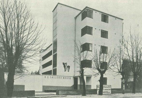 Sassoon House by Elizabeth Denby and Maxwell Fry, Main Façade, St Marys Road, Peckham, London, 1934