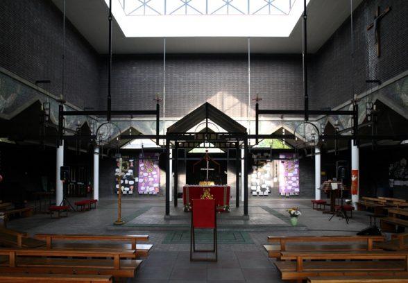 St Paul's, Bow Common Interior c. Steve Cadman