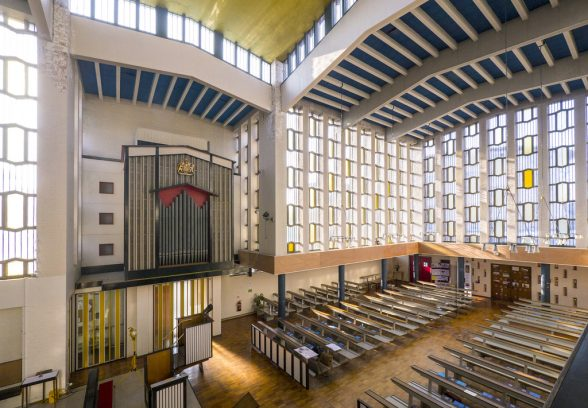 St Paul's Harlow Interior by Des Hill
