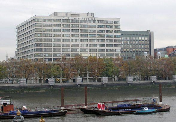Wide angle shot of St Thomas' hospital