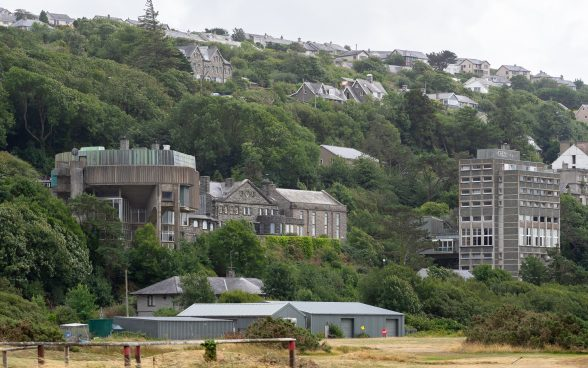 Ardudwy Theatre and residential tower, Coleg Harlech, Wales photo by Rob Telford