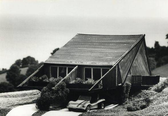 Sladnor Park Holiday Lodge original model with Sand Buggy